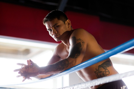 Maidana-on-ropes