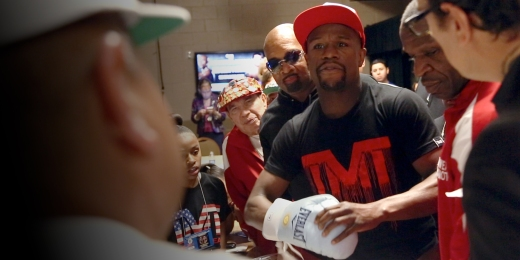 mayweather-holding-controversial-glove